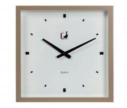 Hravé moderní hodiny na stěnu