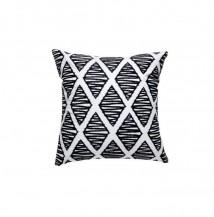Černobílý dekorační polštář kosočtverce